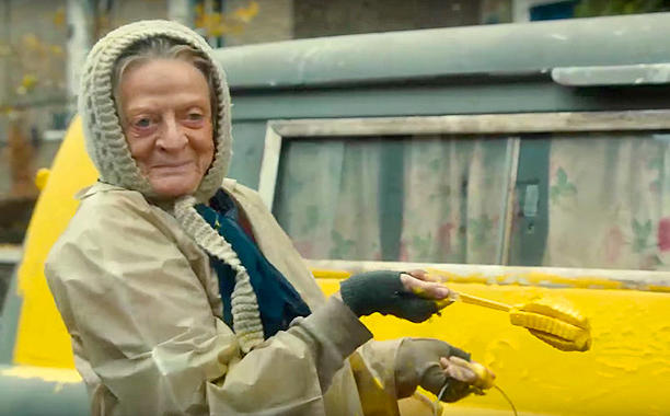 """Maggie Smith est """"The Lady on the Van"""""""