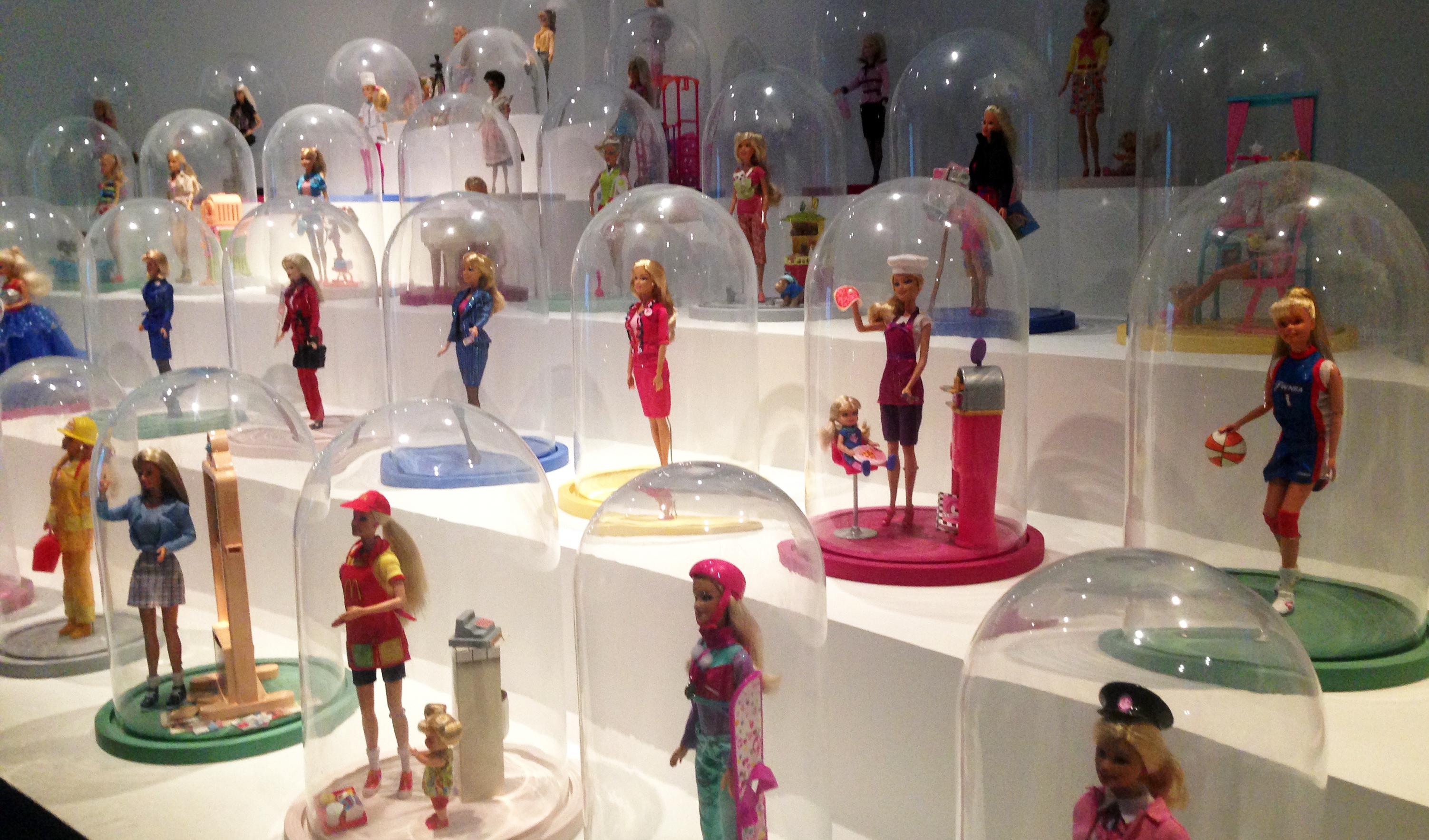 Barbie et ses 160 professions