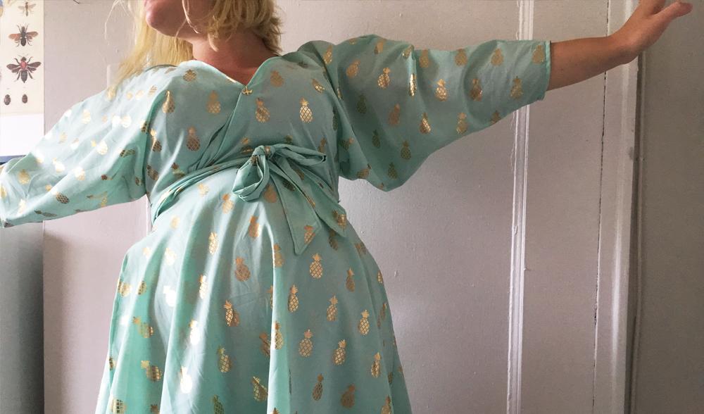 je m'éclate dans ma robe Dita